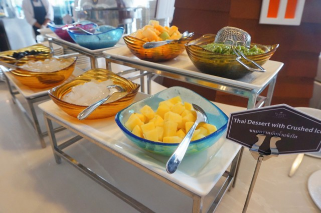 thai dessert zone at ramada menam riverside