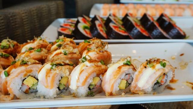 Sushi buffet ห้องอาหารบุฟเฟ่ต์ โรงแรมแม่น้ำรามาดา
